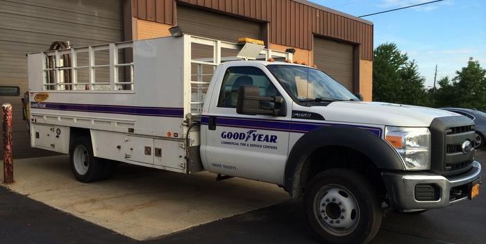 Goodyear-service-truck