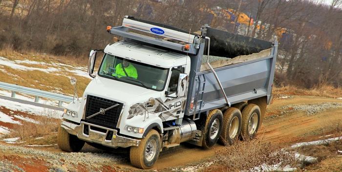 Volvo-VHD-200