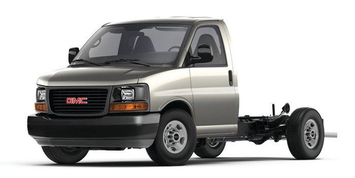 2016 GMC Savana Cutaway Van