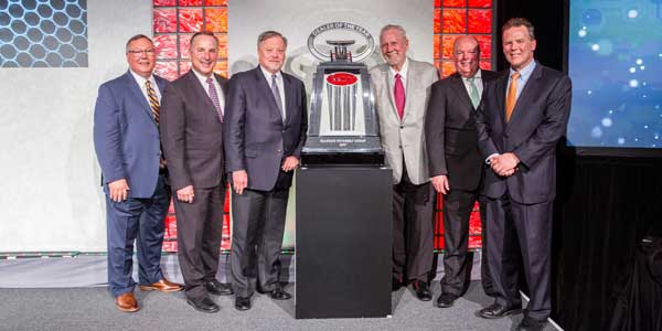 Peterbilt-dealer-of-the-year