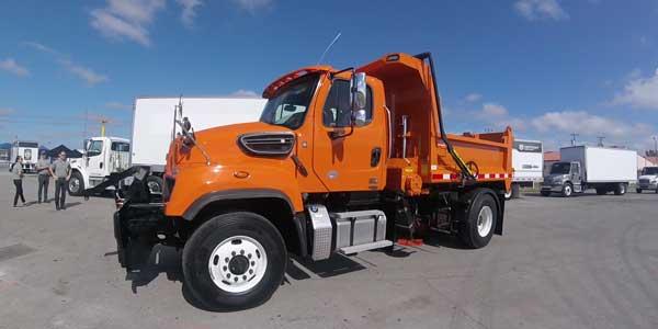 Detroit-DD8-Dump-Truck
